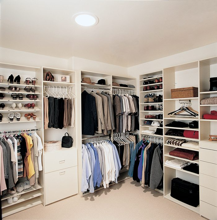 Closet Daylighting