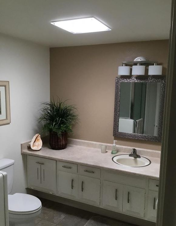 Solatube Square installed in a bathroom
